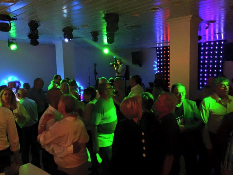 לופט מנדרין- מסיבה