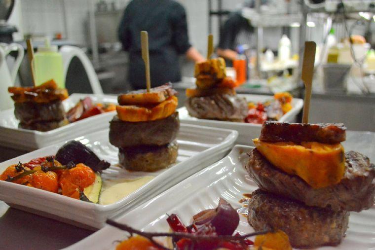 מסעדת הנמל 24 - מנות שף