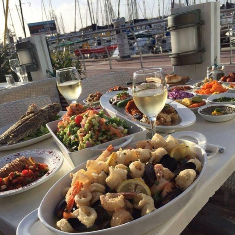 בני הדייג- מסעדת דגים מול הים