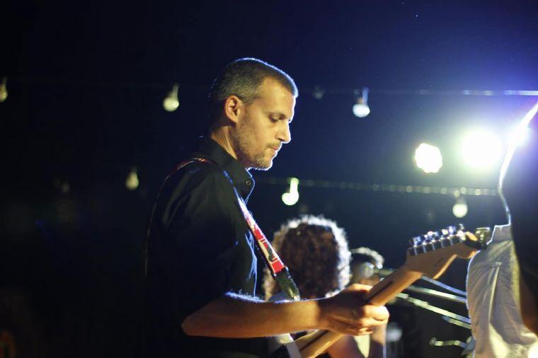 להקת שבלול - גיטריסט והרכב מוזיקלי ושירי ארץ ישראל היפה