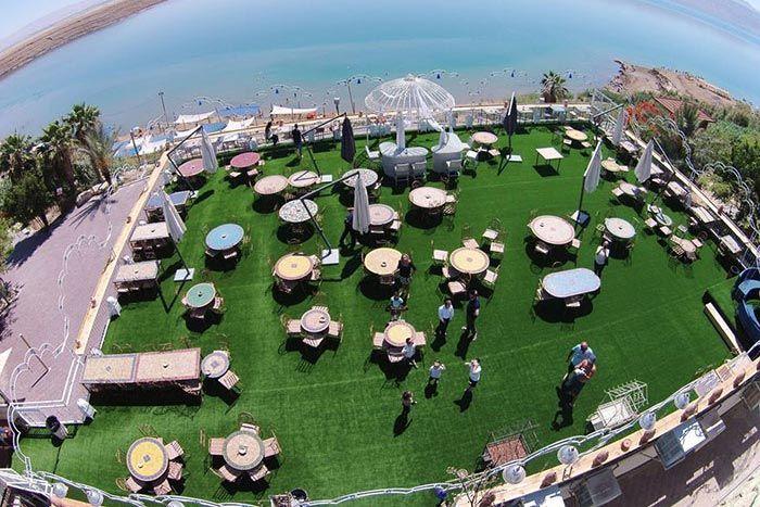 ביאנקני- אירועים על חוף ים המלח- מדשאות.