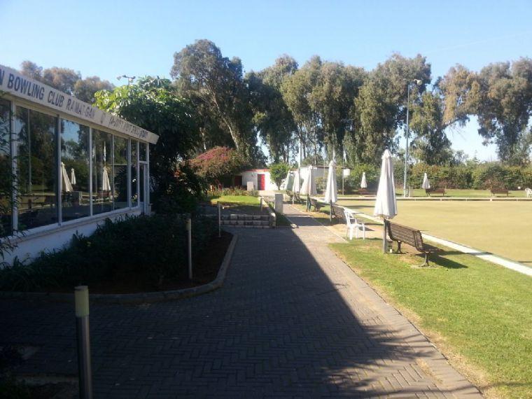 גן המשחק- מדשאות